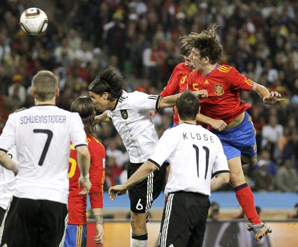 Gol de Carles Puyol frente a Alemania en la Eurocopa de 2008