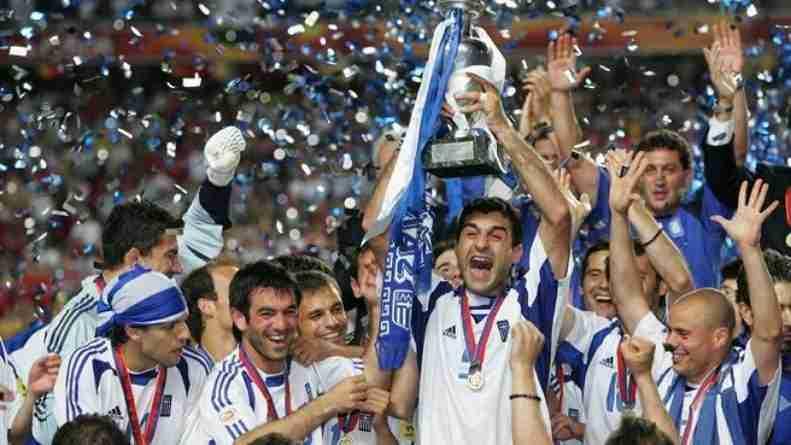 Grecia celebra título Eurocopa 2004