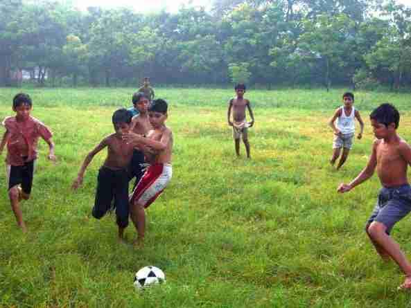 Cualquier lugar en el mundo es un sitio perfecto para jugar al fútbol