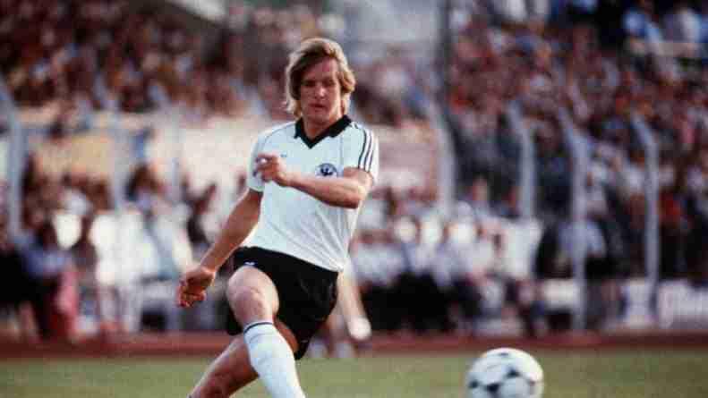 Bernd Schuster llegó a ganar una Eurocopa con Alemania antes de sus conflictos extra deportivos.