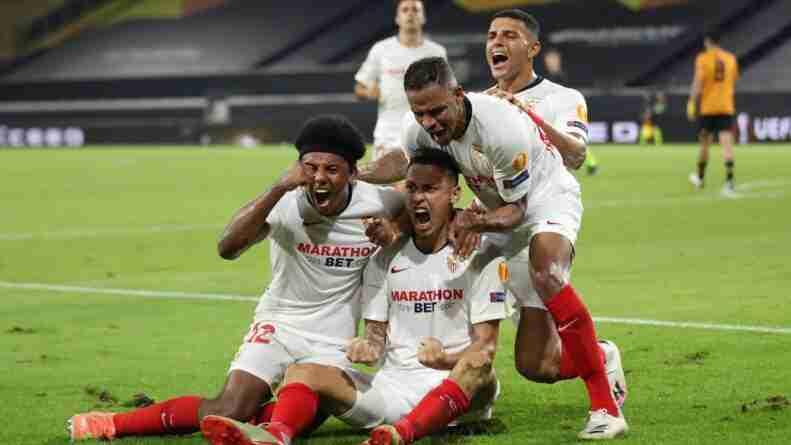 Lucas Ocampos da la clasificación al Sevilla a las semifinales de la Europa League con su gol frente al Wolverhampton