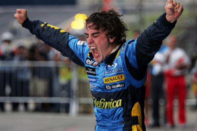 Fernando Alonso, campeón de Formula 1 en 2005 con Renault