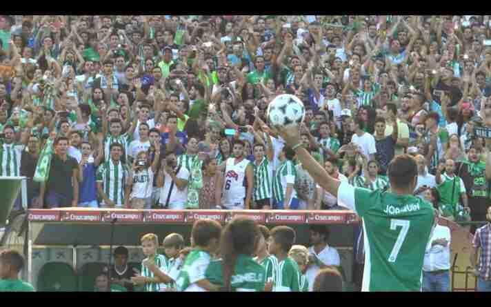 La famosa presentación en el regreso de Joaquín al Betis, antes 20000 aficionados