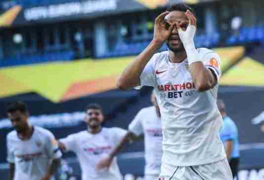 En-Nesyri celebra segundo gol Sevilla Roma
