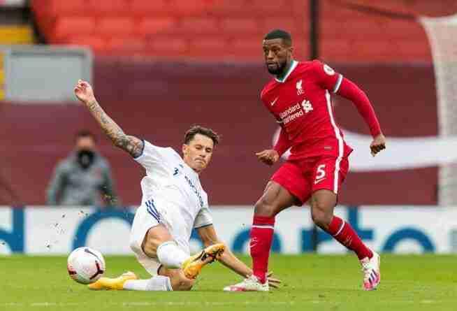 Acción del encuentro entre el Liverpool y el Leeds
