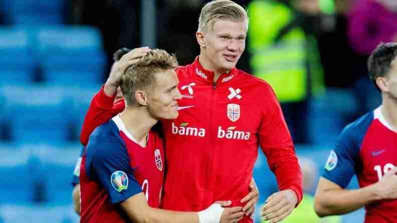 Haaland y Odegaard Noruega
