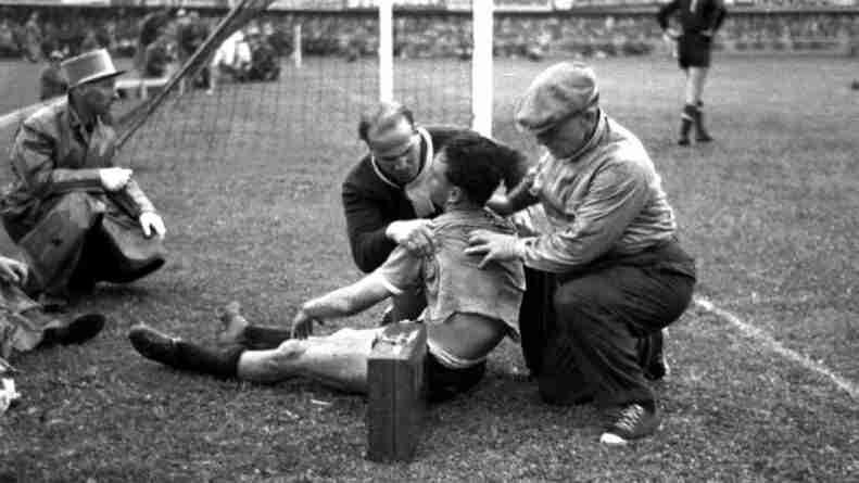 Juan Eduardo Hohberg fue declarado oficialmente fallecido durante 15 segundos en la semifinal del mundial de 1954