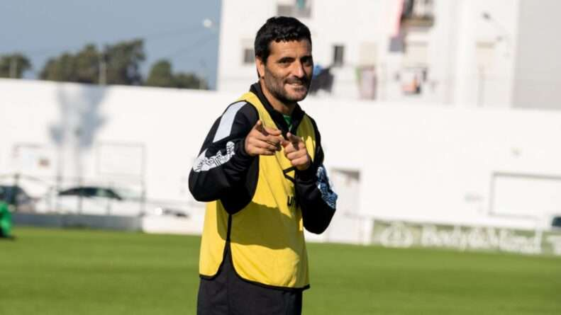 Güiza jugador del Atlético Sanluqueño