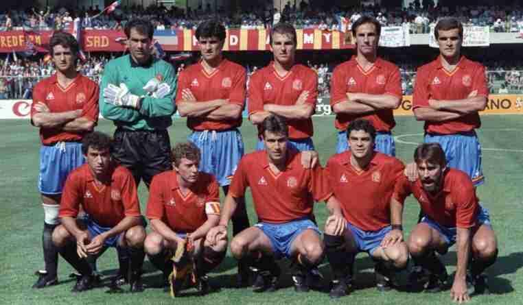 Once España Mundial Italia 90 con cuatro miembros de la Quinta del Buitre