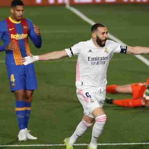 benzema celebra gol barcelona