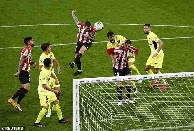Cabezazo Iñigo Martínez Atlético Madrid