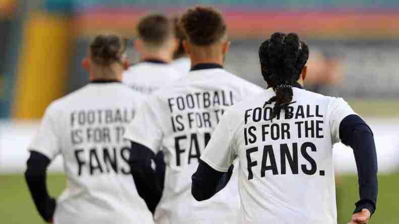 protesta Leeds Superliga