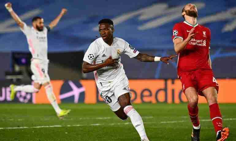 Vinicius celebra gol Liverpool